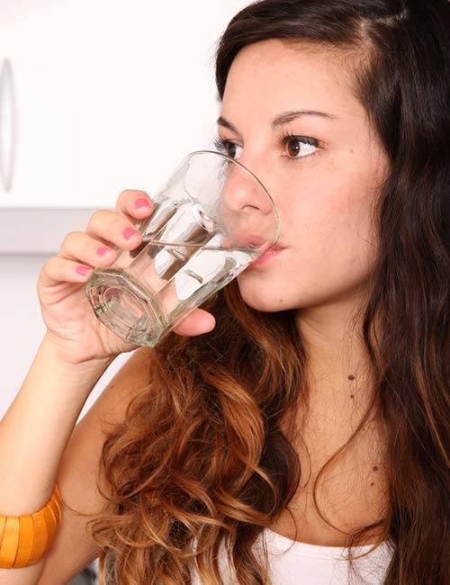 böbreklere iyi gelen gıdalar su