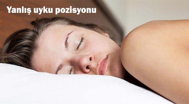 yanlis uyku pozisyonu