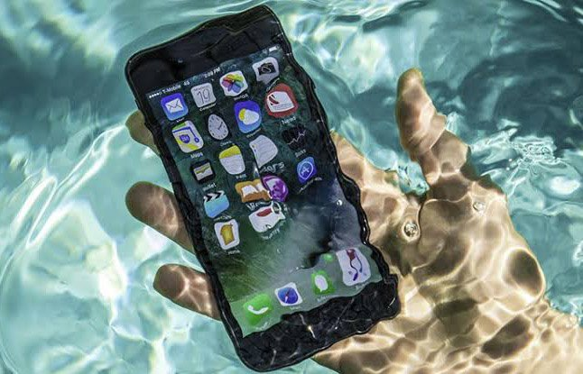 su gecirmeyen telefon