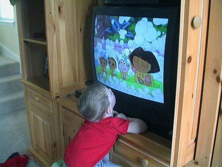 yakindan tv izleyenler